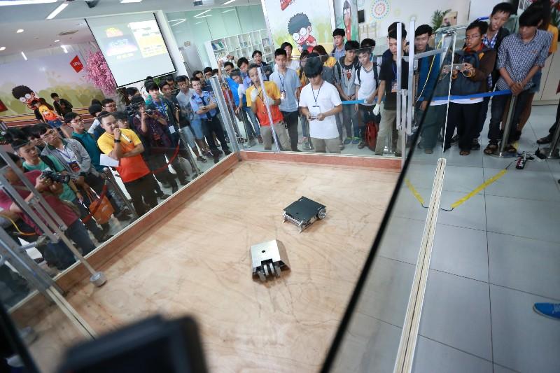VNG tổ chức giải đấu robot Bot Battle để chiêu dụ người tài